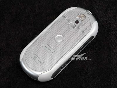 图为:摩托罗拉ROKR E2手机