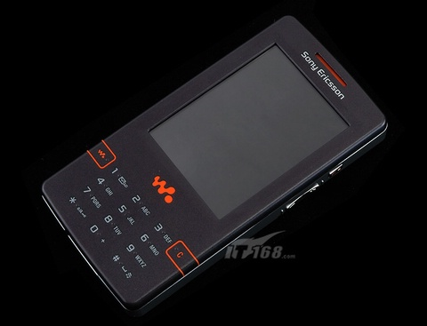 音乐皇帝索爱4G硬盘WalkMan手机抢先欣赏