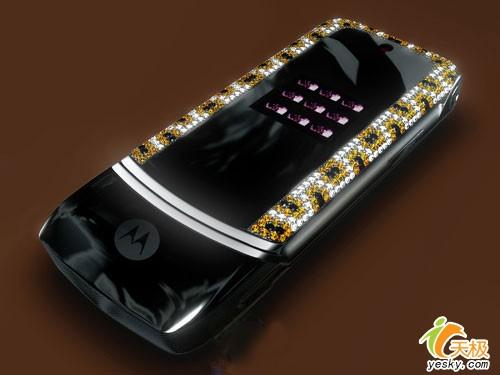 奢华极致镶钻版摩托罗拉KRZR手机上市