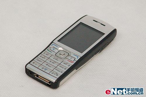 超值小巧诺基亚S60智能机E50售2499元
