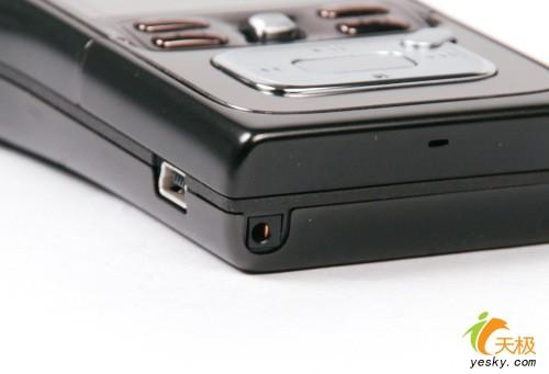 大容量音乐智能机皇驾到诺基亚N91真机鉴赏