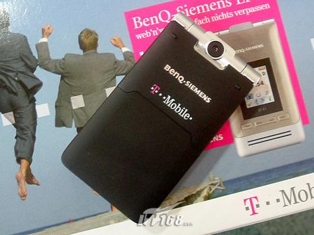 超薄3G机明西折叠EF81欧版售价1880元