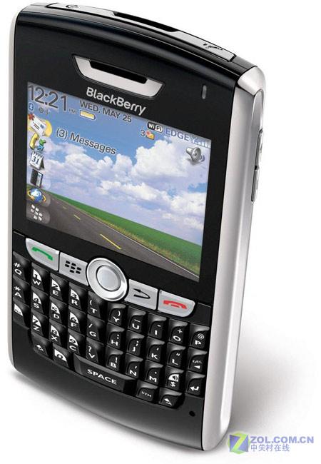 全功能键盘 黑莓超薄智能手机8800登场_手机
