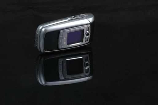 4日手机行情:百万像素旋屏奢华酷机破两千(6)