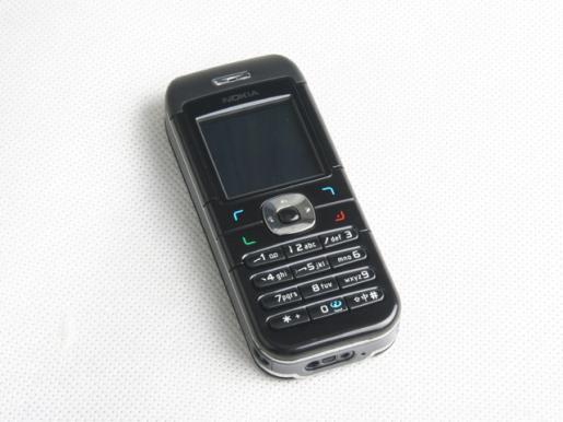 电波情人千元以下直板彩屏FM手机导购
