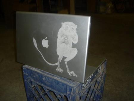 激光蚀刻Web2.0版苹果PowerBook笔记本