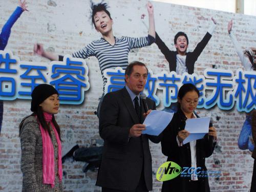 英特尔CEO欧德宁访华到访中关村卖场