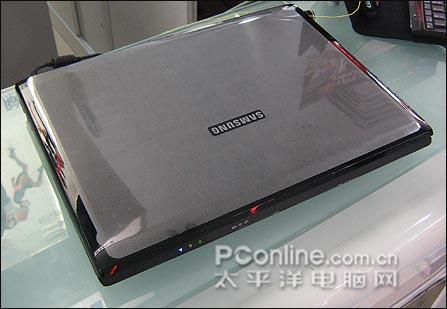 配8600显卡的三星高端游戏平台R70到货