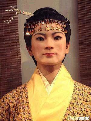 科技时代_湖南长沙马王堆汉墓女主人复原塑像制成(附图)