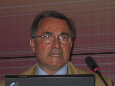 科技时代_图文:ETSI NGN标准工作组主席Erbes演讲