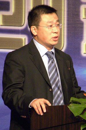 科技时代_图文:计世传媒副总裁金羽中演讲