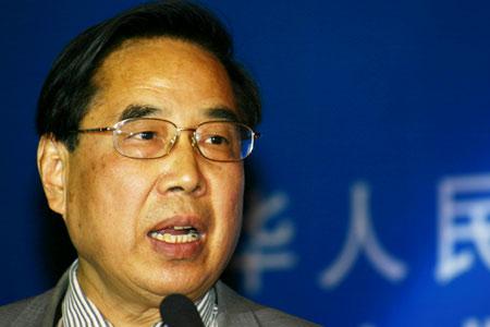 科技时代_图文:信产部通信科学技术委员会副主任陈如明