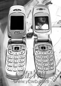 科技时代_八个月黑手机销量超1500万部 年逃税上百亿