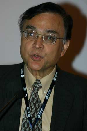 科技时代_图文:3GPP PCG主席Asok Chatterjee博士