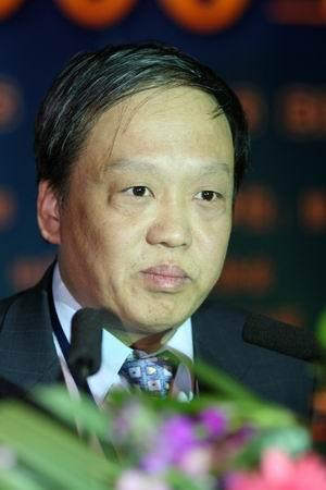 科技时代_图文:信息产业部科学技术司司长闻库致辞