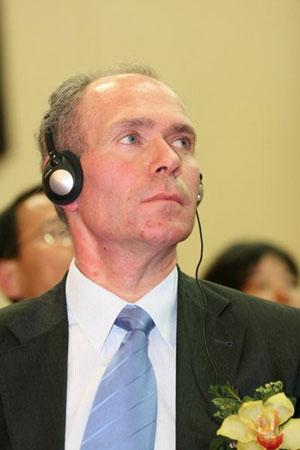 科技时代_图文:爱立信政府及规管部副总裁Uif Pehrsson