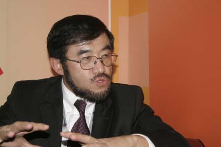 科技时代_尖峰对话:UT斯达康CEO吴鹰聊天实录