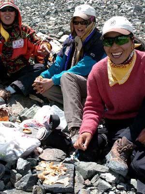 聚焦珠峰:雪山的女儿(组图)