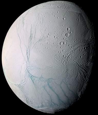 卡西尼号探测器找到土卫二有水的证据(组图)
