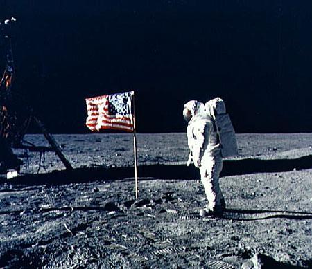 美国宇航局计划将宇航员送到月球背面(图)