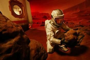 火星宇航员30个月孤独最怕患上精神分裂症