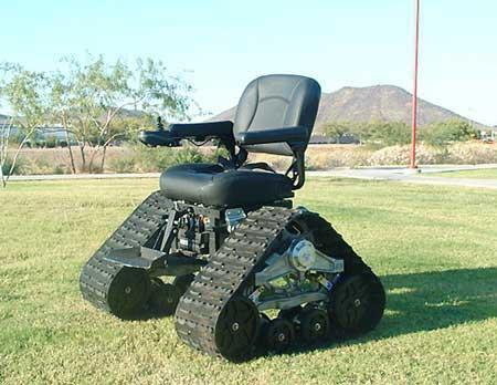 美国发明坦克轮椅让残疾人行动自如(组图)