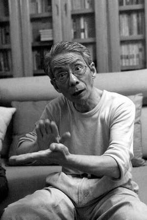 中国哲学狂人挑战世界顶级数学难题四色猜想