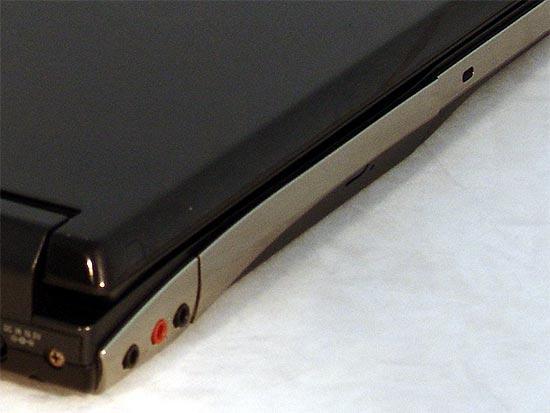 高性能坦克索尼蓝光笔记本AR18CP测试(4)