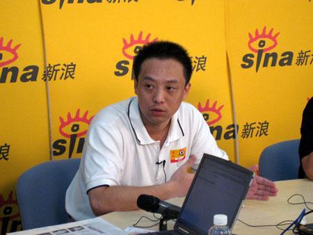 王松苗胡钢聊天实录:富士康在玩数字游戏