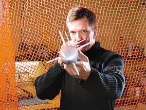 鼠标可以像戒指一样戴在手上(组图)