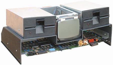 第一台笔记本电脑的发明者是