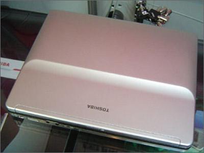 笔记本点评:最轻薄的12英寸东芝R150(多图)