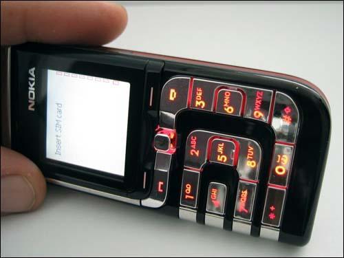 刀锋战士传人--诺基亚全新7260手机全解析