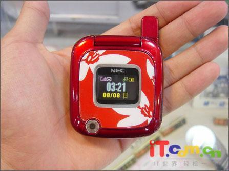 魔镜平民版NEC新款女性手机N916悄然开卖