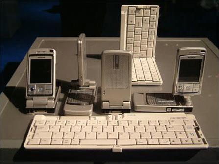 诺基亚翻盖手机6260在欧上市售价约5000多