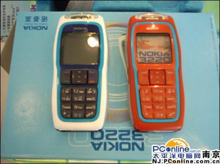 图为:诺基亚3220手机