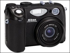 巨人怒吼尼康数码相机集体下滑