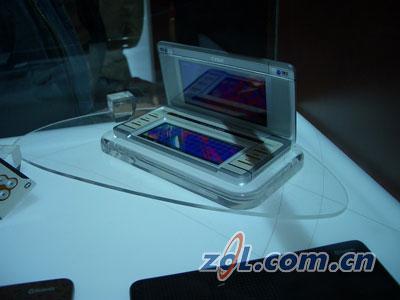 抽像也疯狂LG多款概念手机现身通信展