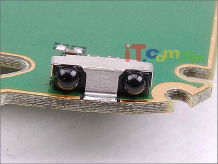 最具性价比阿尔卡特直板拍照OT557拆机实录(7)