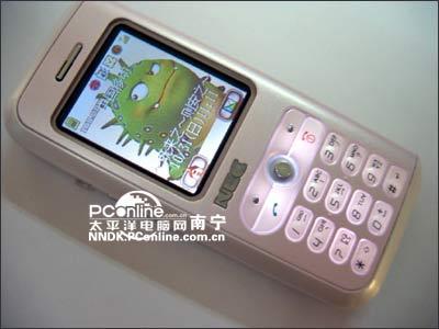粉红知己南宁NEC女性直板手机N100登场