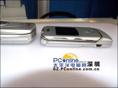 极度轻薄深圳市场摩托罗拉旗舰手机V3上市