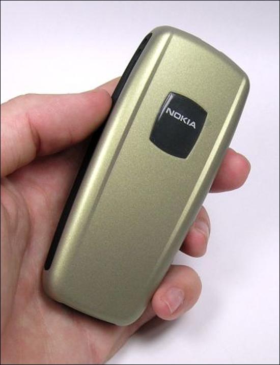 简约实用诺基亚2600金色版本真机欣赏