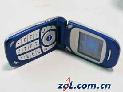 极致小巧彩色旋风波导V5510手机试用报告(2)