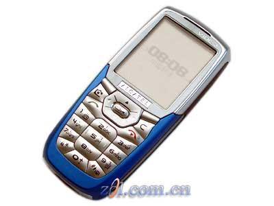 圣诞最强手机出场--本周超值手机阿卡OT756