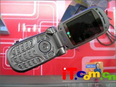 史上最强C网手机LG300万像素C950上市