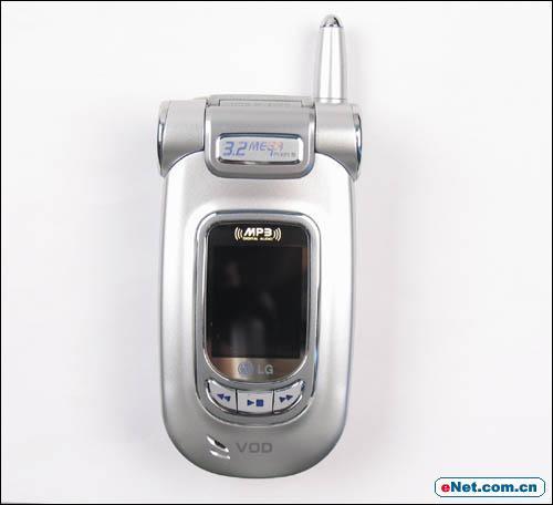 皇家骑士300万像素LGC950多媒体手机评测