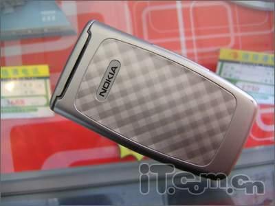 独树一帜诺基亚眼镜蛇手机2650特价促销