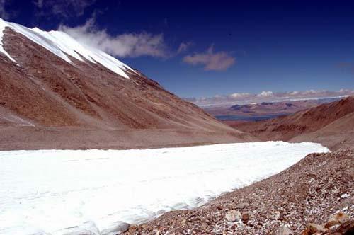组图:风光旖旎的纳木那尼冰川(2)