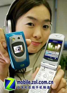 不是做梦2000元75MB内存拍照MP3手机问世