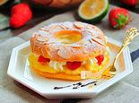 圆圆满满的泡芙甜甜圈